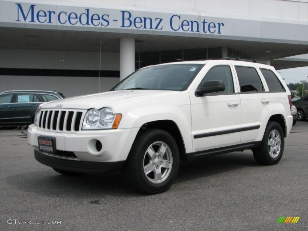 Exceptional Stone White Jeep Grand Cherokee