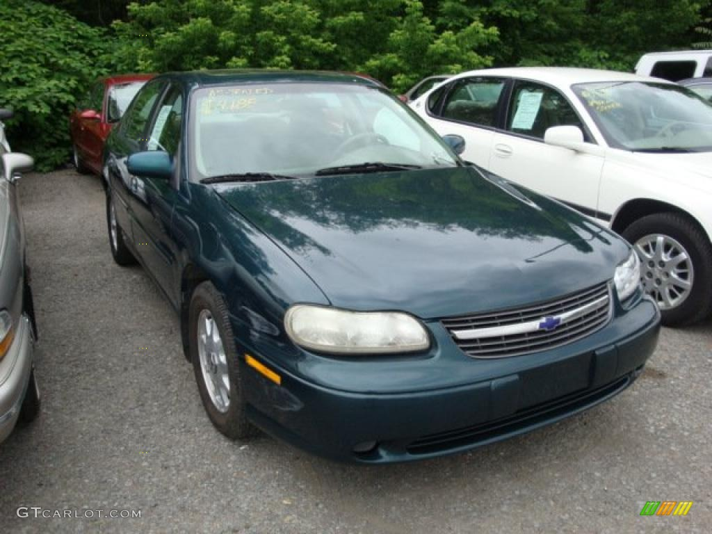 Dark Jade Green Metallic Chevrolet Malibu Ls Sedan