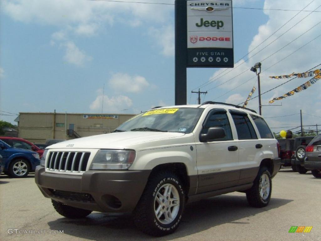 2004 stone white jeep grand cherokee laredo 4x4 31585096. Black Bedroom Furniture Sets. Home Design Ideas