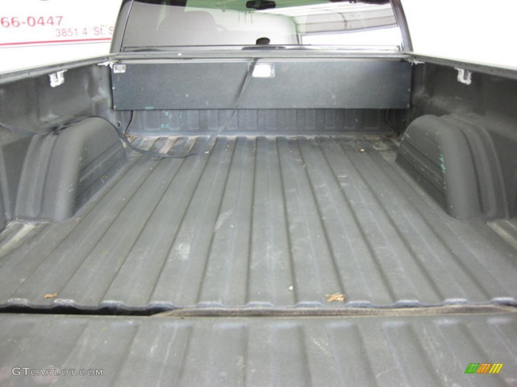 2002 Silverado 1500 LS Extended Cab 4x4 - Onyx Black / Graphite Gray photo #8