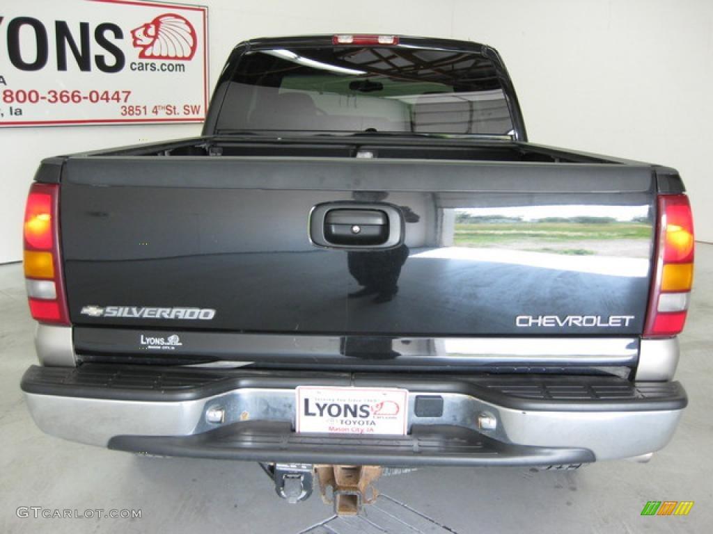 2002 Silverado 1500 LS Extended Cab 4x4 - Onyx Black / Graphite Gray photo #10