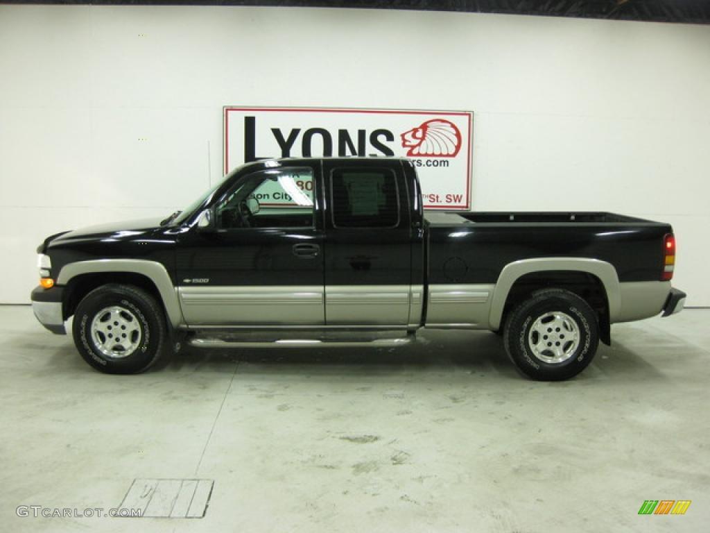 2002 Silverado 1500 LS Extended Cab 4x4 - Onyx Black / Graphite Gray photo #28