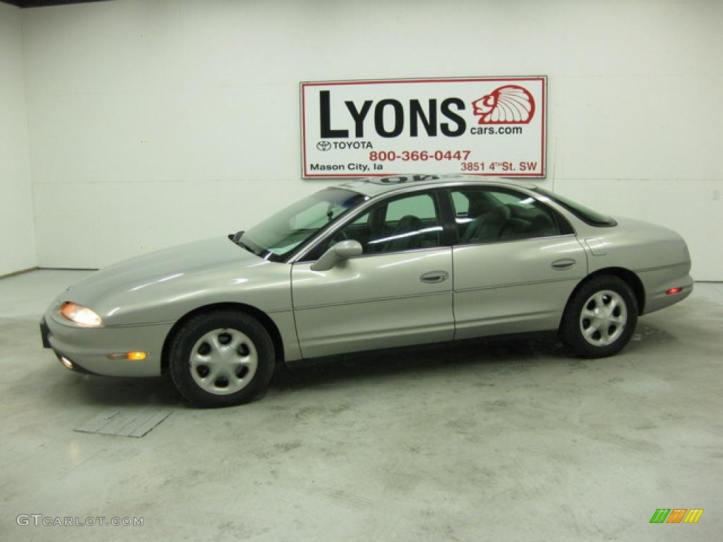 1997 silver mist metallic oldsmobile aurora 31643541 gtcarlot com car color galleries 1997 silver mist metallic oldsmobile aurora 31643541 gtcarlot com car color galleries