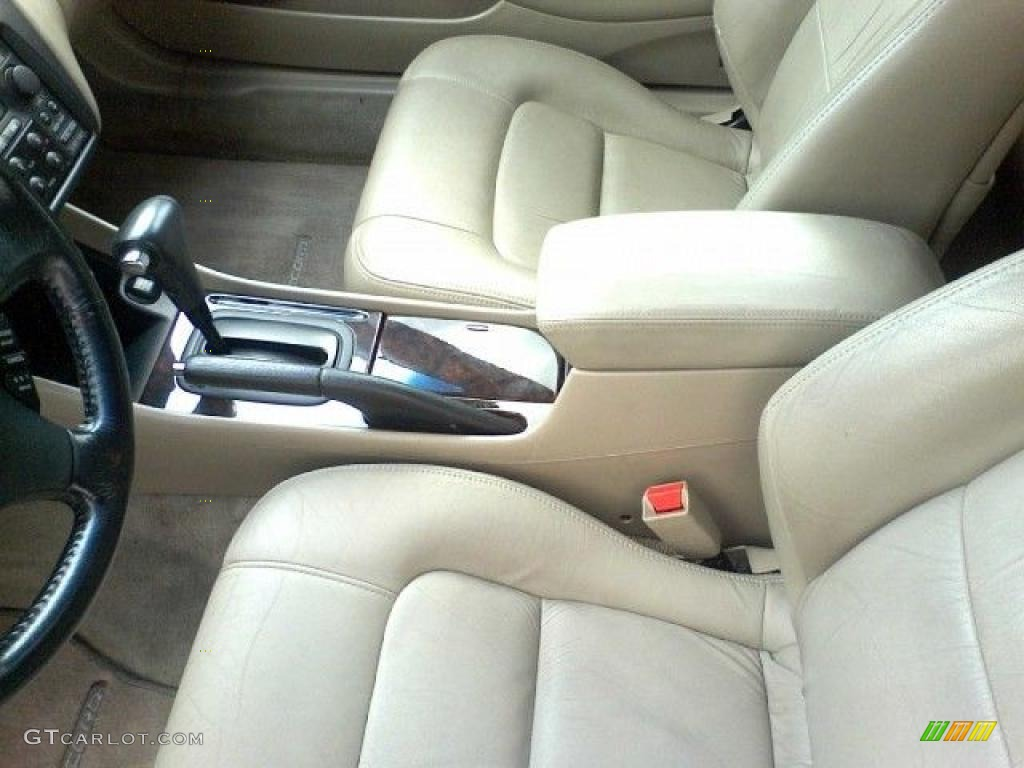 on 2000 Honda Accord V6 Black