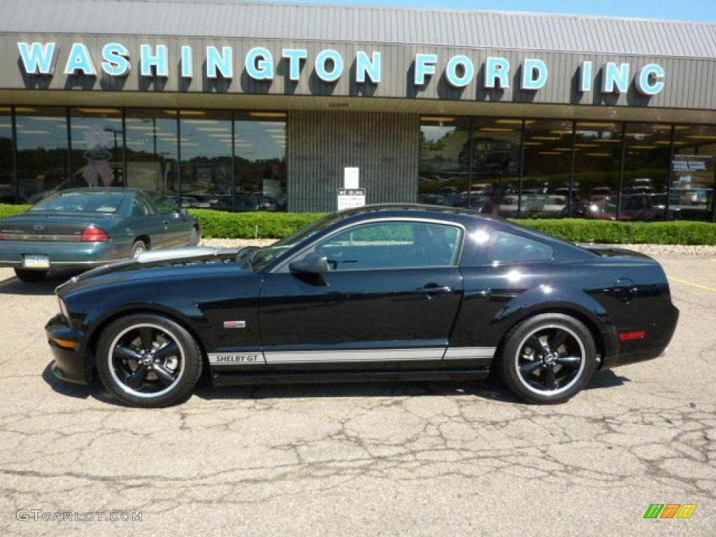 2007 Mustang Shelby GT Coupe - Black / Dark Charcoal photo #1