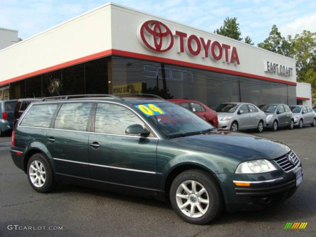 2004 passat gls wagon northern green metallic beige photo 1