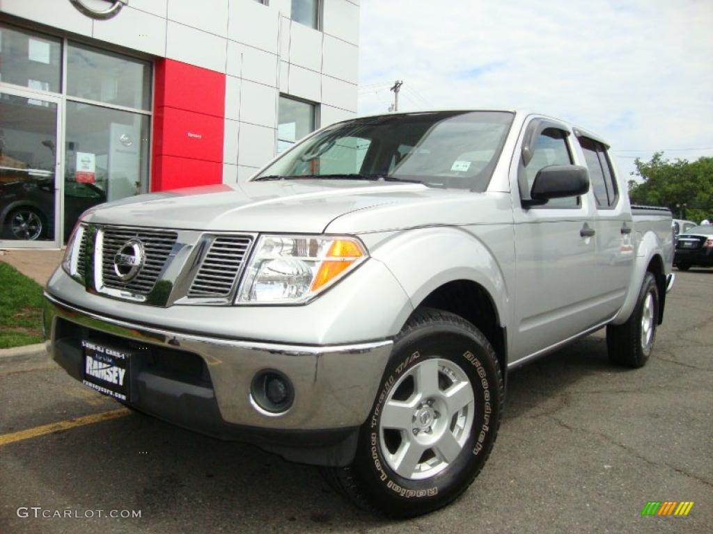 2006 Radiant Silver Nissan Frontier Se Crew Cab 4x4