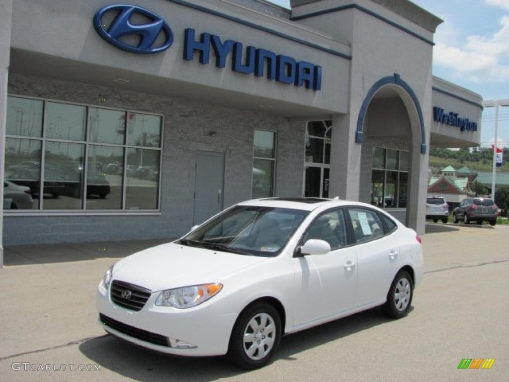 Captiva White Hyundai Elantra. Hyundai Elantra GLS Sedan