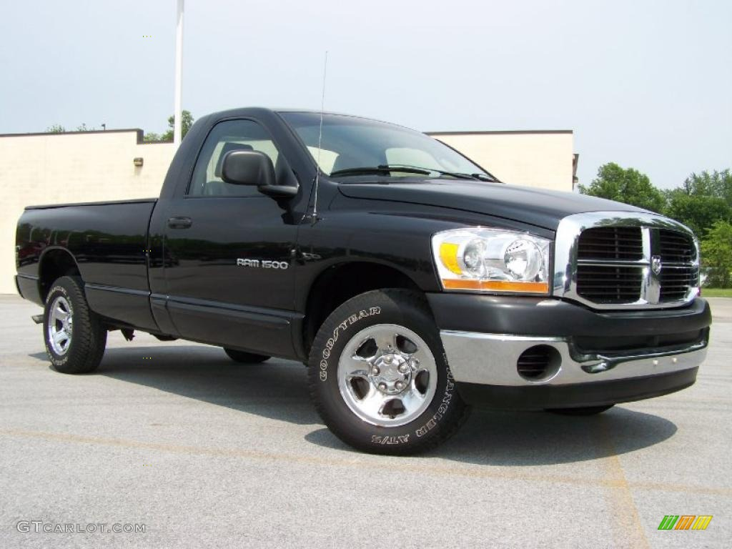 2006 Ram 1500 ST Regular Cab - Brilliant Black Crystal Pearl / Medium Slate Gray photo #1