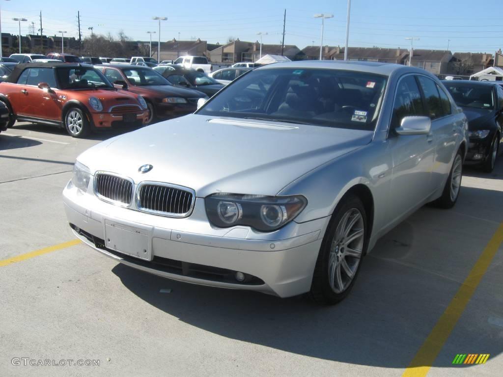 Titanium Silver Metallic BMW 7 Series