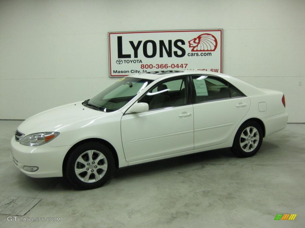 2004 crystal white toyota camry limited edition 32025227. Black Bedroom Furniture Sets. Home Design Ideas