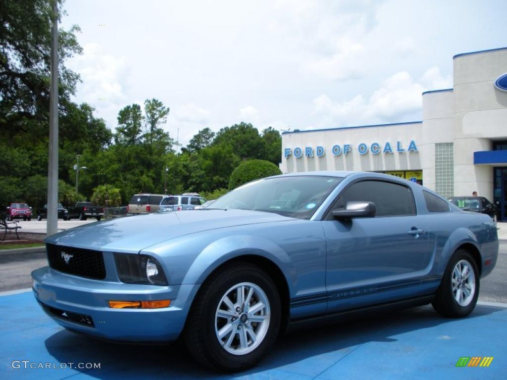 2007 Mustang V6 Deluxe Coupe - Windveil Blue Metallic / Light Graphite photo #1