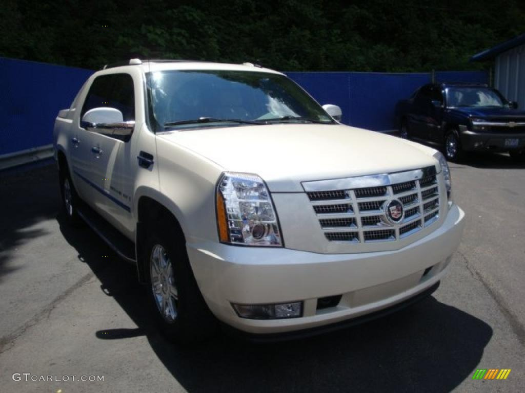 2009 white diamond cadillac escalade ext awd 32178672 photo 6 car color galleries. Black Bedroom Furniture Sets. Home Design Ideas
