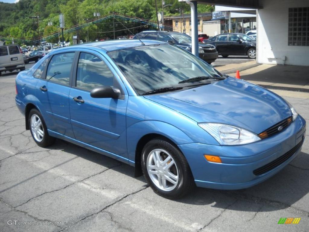 2000 focus se sedan light sapphire blue metallic dark charcoal photo 18