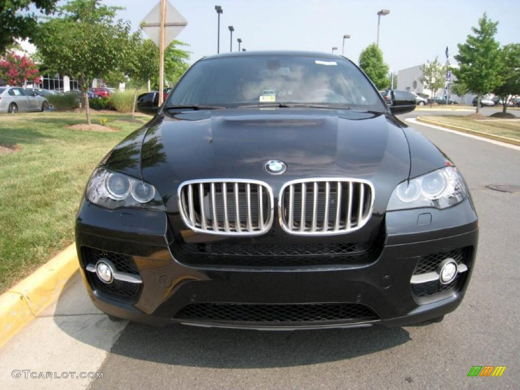 Black Sapphire Metallic BMW X6