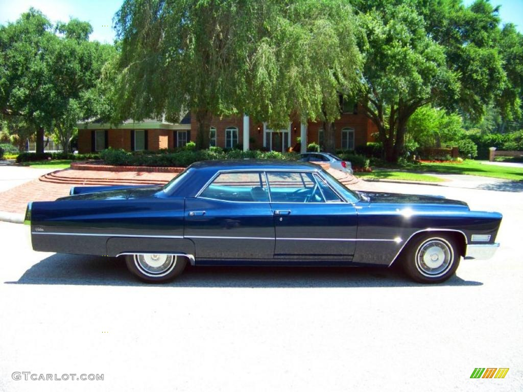 1967 atlantis blue firemist cadillac deville calais sedan. Black Bedroom Furniture Sets. Home Design Ideas