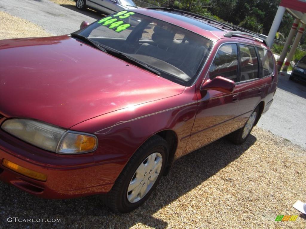 1995 Sunfire Red Metallic Toyota Camry LE V6 Wagon #32391699 Photo ...