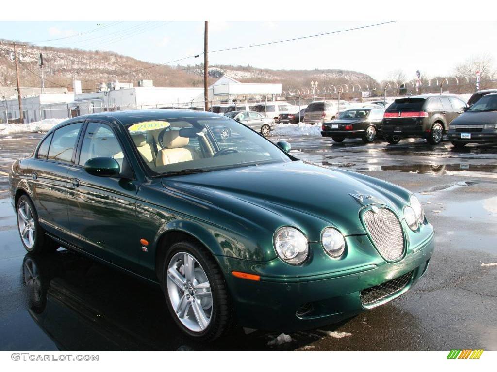 2005 S Type R   Jaguar Racing Green / Champagne Photo #1