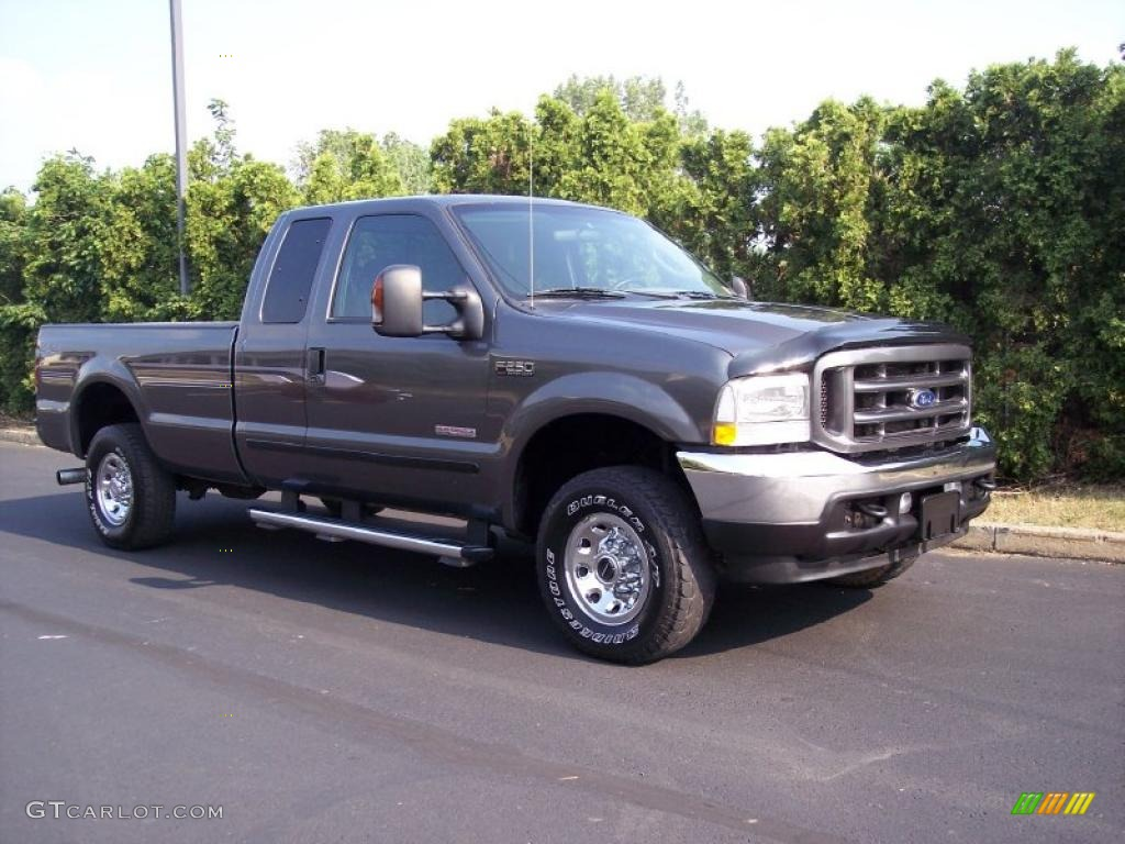 2004 F250 Super Duty XLT SuperCab 4x4 - Dark Shadow Grey Metallic / Medium Flint photo #1