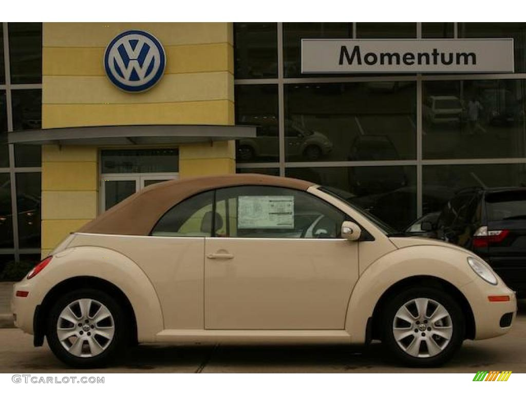 Harvest Moon Beige Volkswagen New Beetle 2 5 Convertible