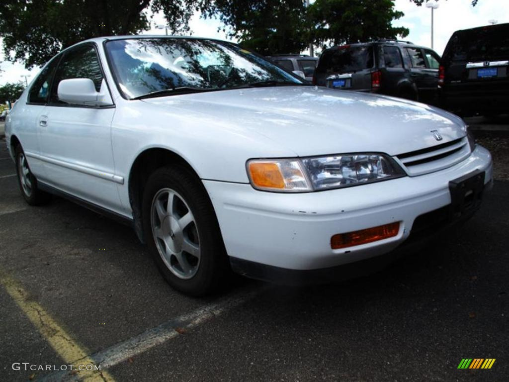 1994 frost white honda accord ex coupe 32534612 car color galleries. Black Bedroom Furniture Sets. Home Design Ideas