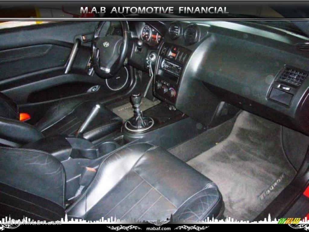 Black Interior 2003 Hyundai Tiburon Gt V6 Photo 32612724