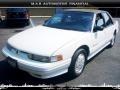Bright White - Cutlass Supreme SL Sedan Photo No. 2