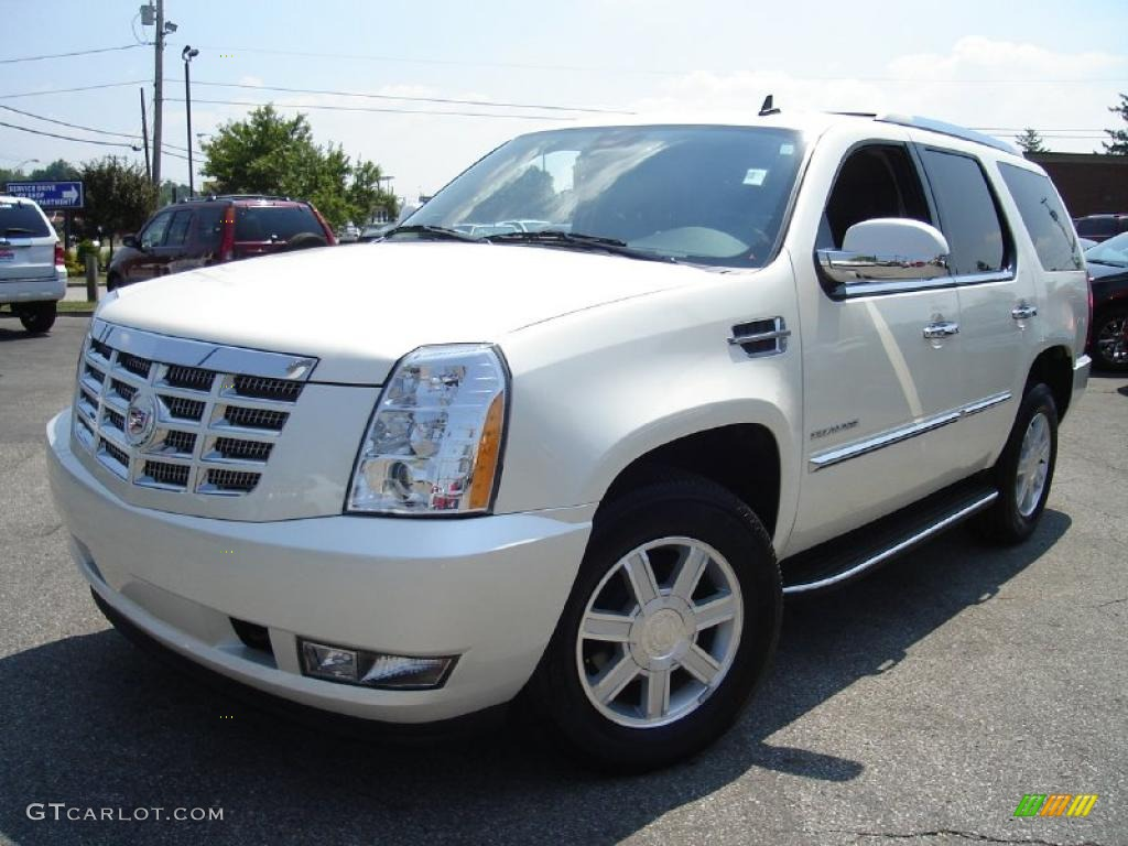 2010 white diamond cadillac escalade awd 32681796. Black Bedroom Furniture Sets. Home Design Ideas