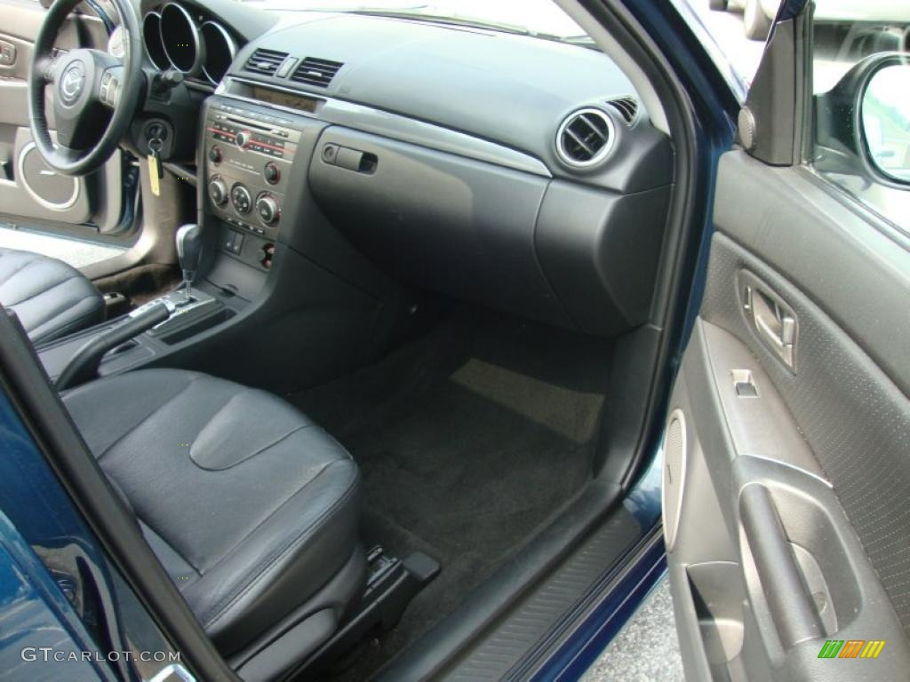 2007 mazda mazda3 s grand touring sedan black dashboard photo 32785887. Black Bedroom Furniture Sets. Home Design Ideas