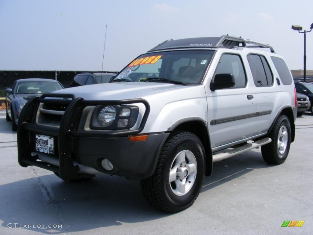 2002 silver ice metallic nissan xterra xe v6 4x4 32808500. Black Bedroom Furniture Sets. Home Design Ideas