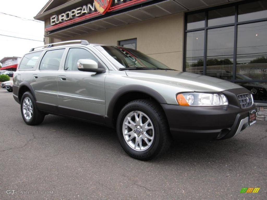 Gold Automotive Paint Colors >> 2007 Willow Green Metallic Volvo XC70 AWD Cross Country #32898302 | GTCarLot.com - Car Color ...