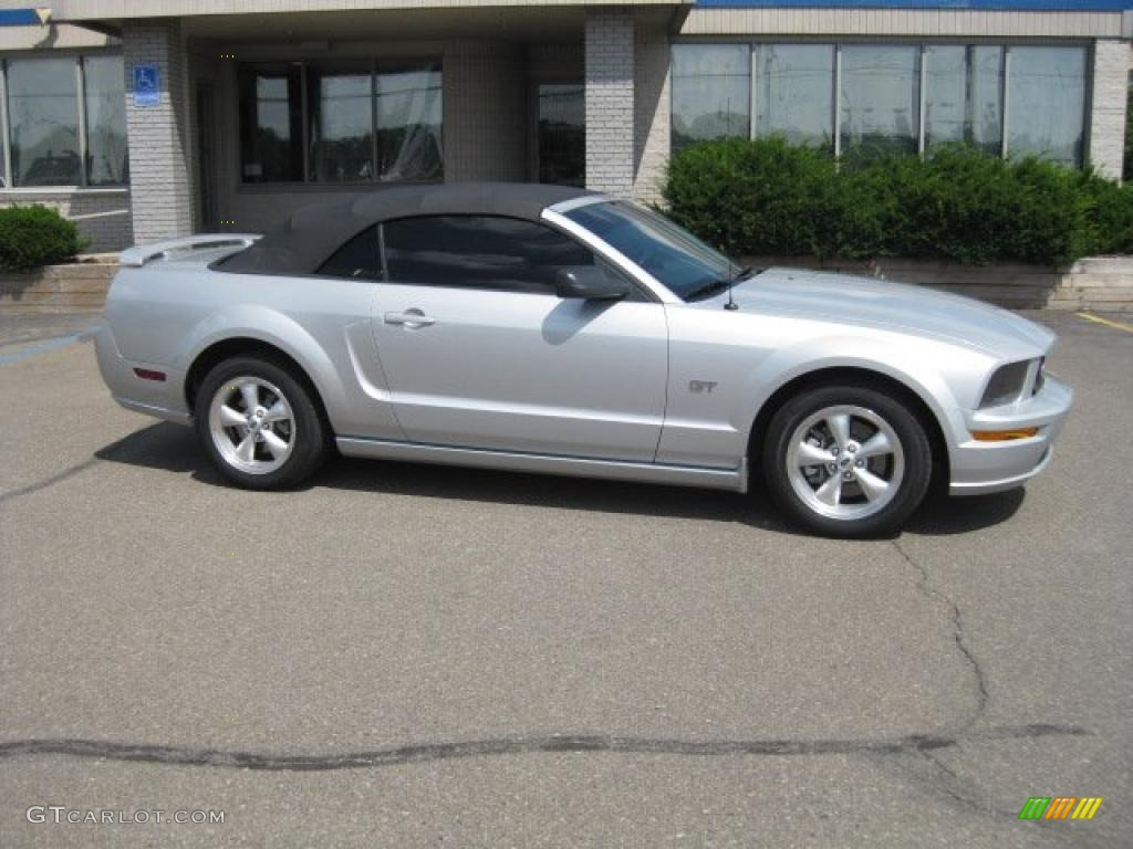 2007 Mustang GT Premium Convertible - Satin Silver Metallic / Dark Charcoal photo #1