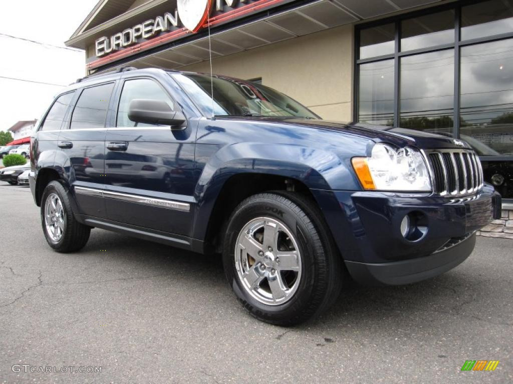 2006 Grand Cherokee Limited 4x4 - Midnight Blue Pearl / Medium Slate Gray photo #1