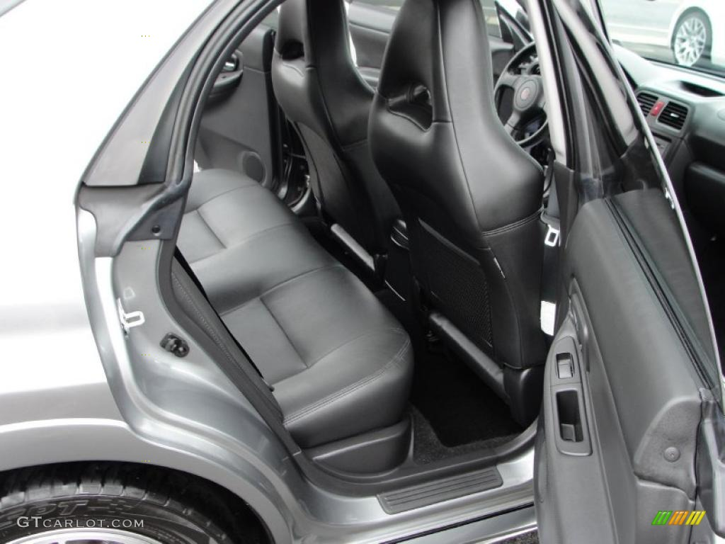 2014 ford focus st review digital trends reviews car interior design. Black Bedroom Furniture Sets. Home Design Ideas
