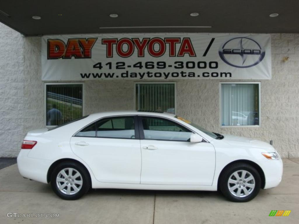 2009 super white toyota camry xle v6 33081025 car color galleries. Black Bedroom Furniture Sets. Home Design Ideas