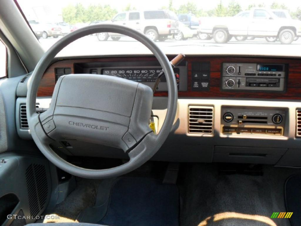 1991 Caprice Classic Sedan - White / Gray photo #13