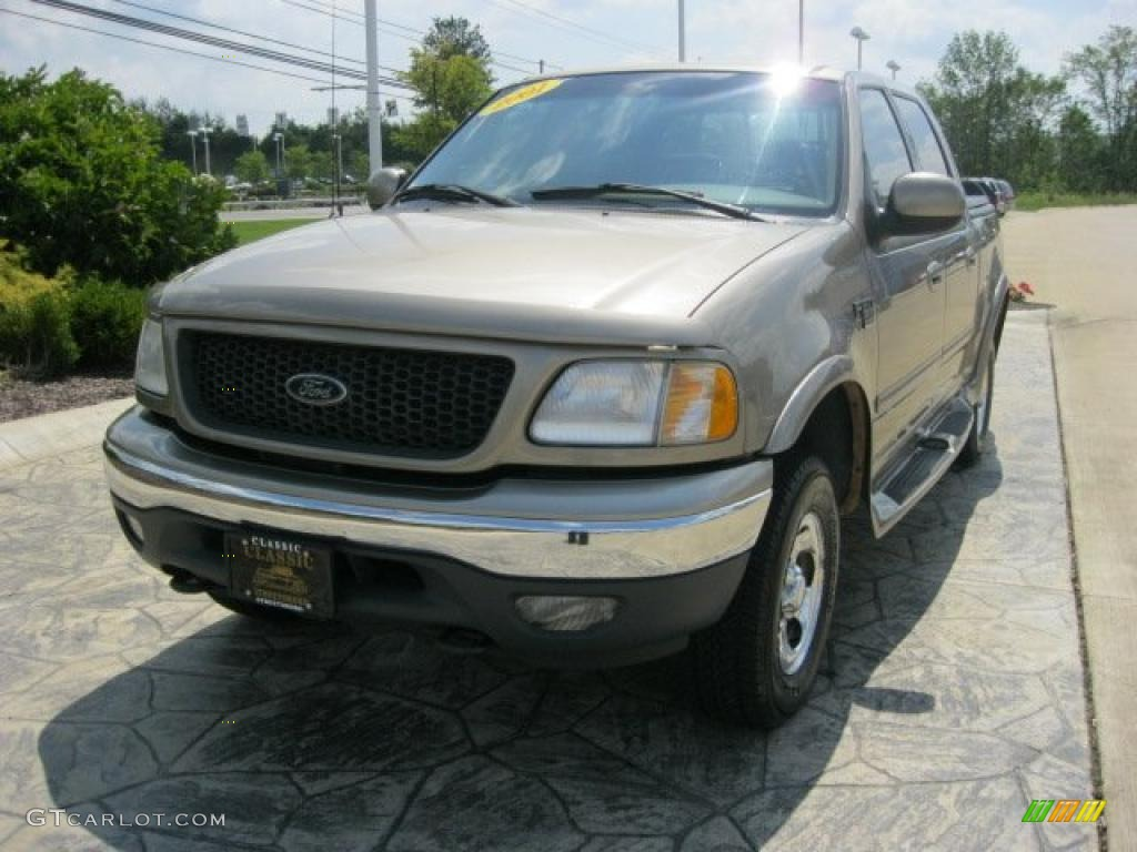 2001 Arizona Beige Metallic Ford F150 Lariat SuperCrew 4x4 33189543 GTCarL