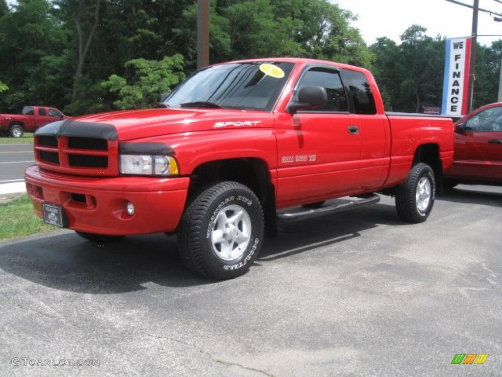 2000 Flame Red Dodge Ram 1500 Sport Extended Cab 4x4 33305834
