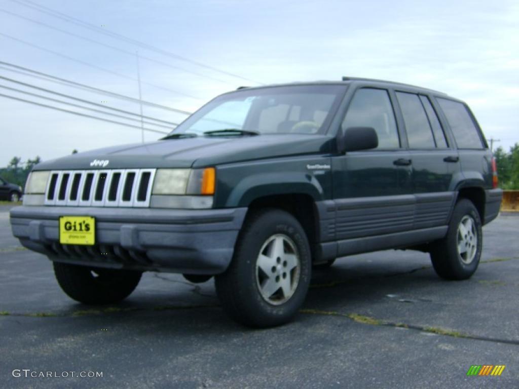 1993 Grand Cherokee Laredo 4x4 - Hunter Green Metallic / Beige photo #3