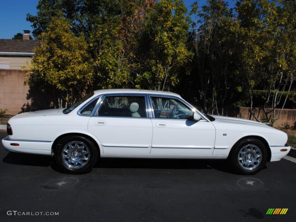 2000 spindrift white jaguar xj xj8 33539132 car color galleries. Black Bedroom Furniture Sets. Home Design Ideas
