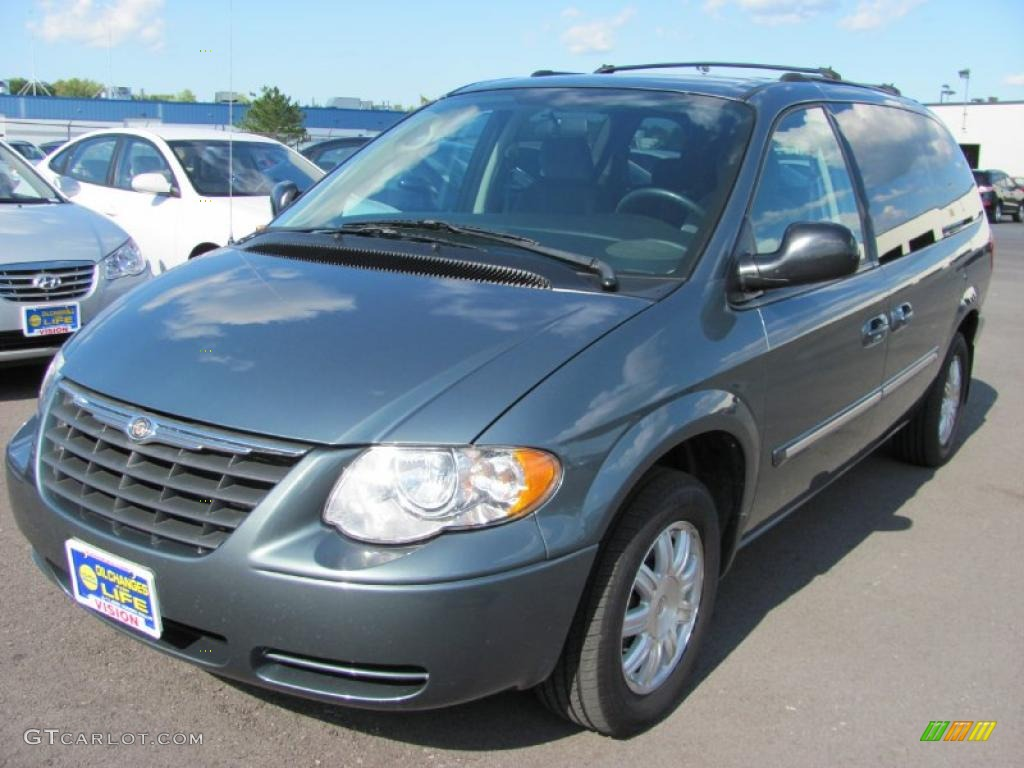2005 magnesium pearl chrysler town country touring 33549349 car color galleries. Black Bedroom Furniture Sets. Home Design Ideas