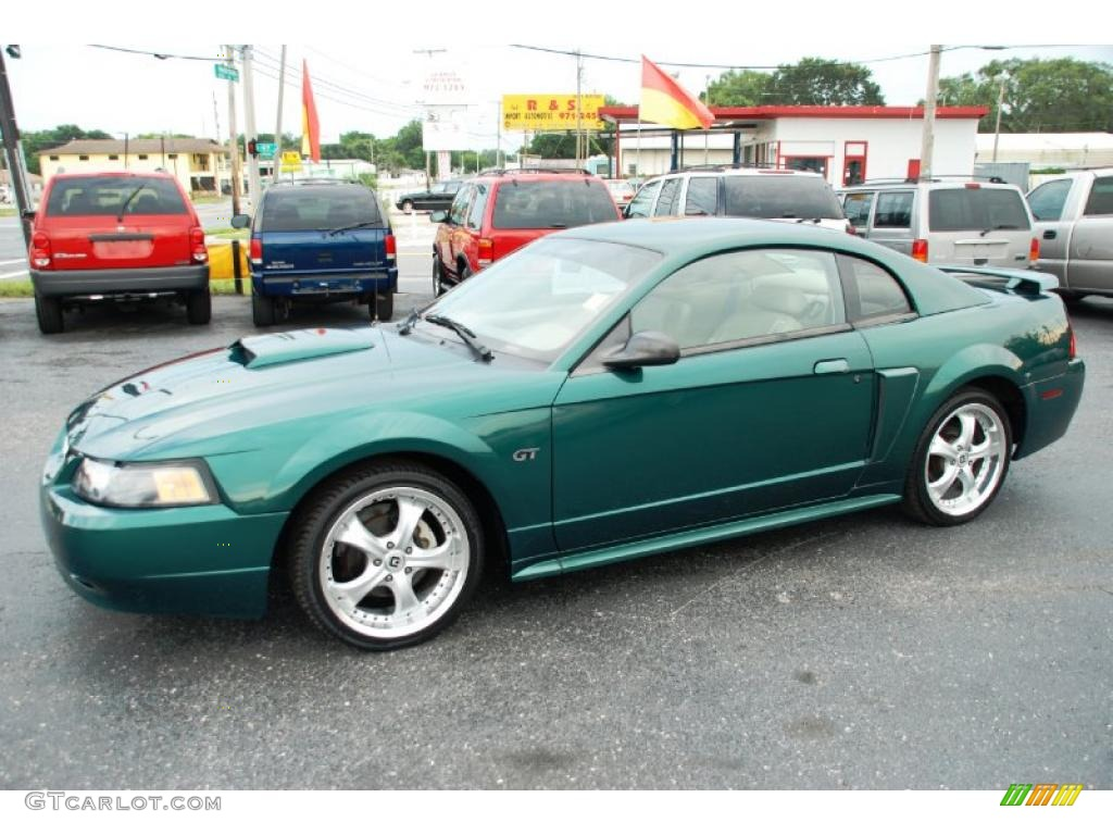 2001 electric green metallic ford mustang gt coupe. Black Bedroom Furniture Sets. Home Design Ideas