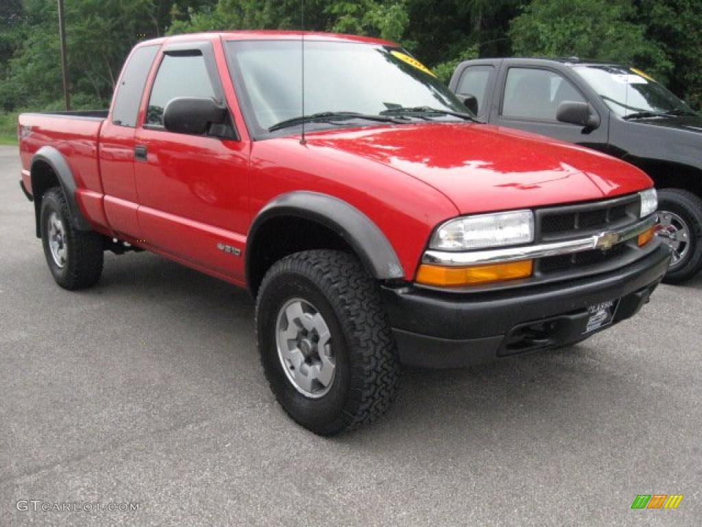 2002 victory red chevrolet s10 zr2 extended cab 4x4 33987287 photo 3 car. Black Bedroom Furniture Sets. Home Design Ideas