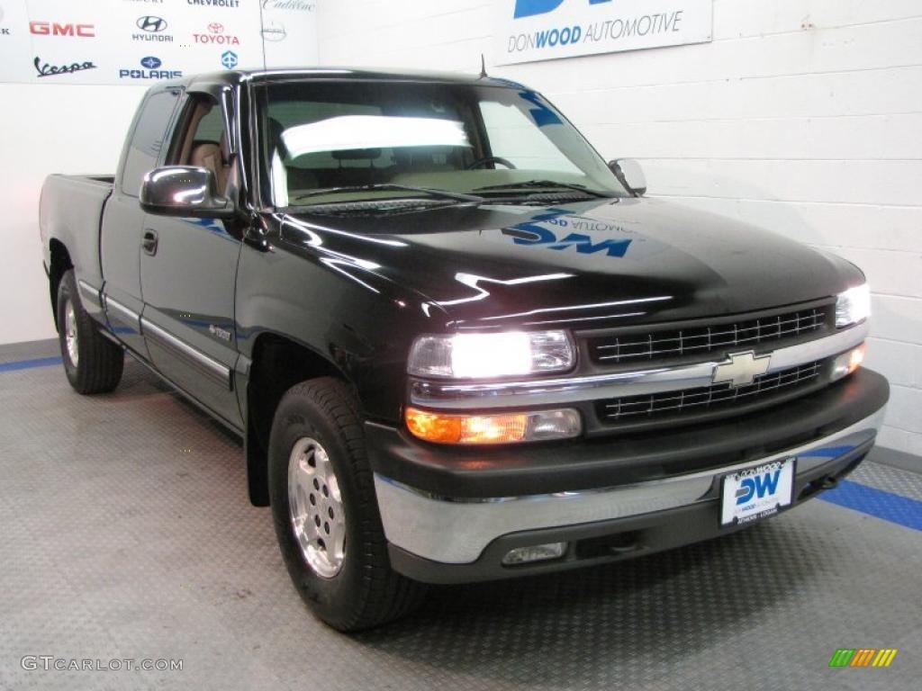 2002 Silverado 1500 LT Extended Cab 4x4 - Onyx Black / Tan photo #1