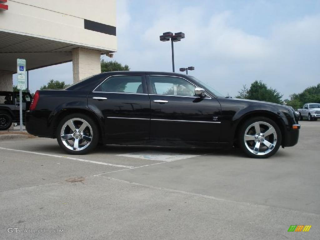 chrysler executive html with Exterior 34248200 on Rolls Royce Phantom Interior as well Rolls Royce Phantom 2012 besides Testimonials additionally Penthouse in addition Top 10 Fastest Cars In World.