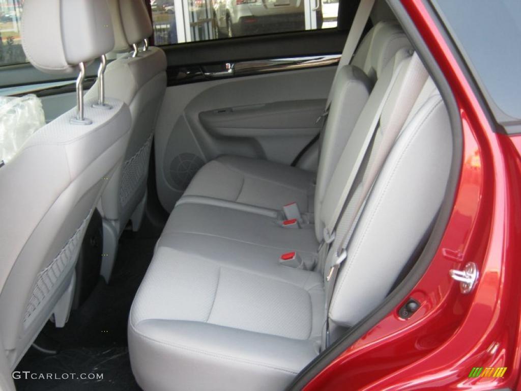 2011 Sorento LX V6 - Spicy Red / Beige photo #13
