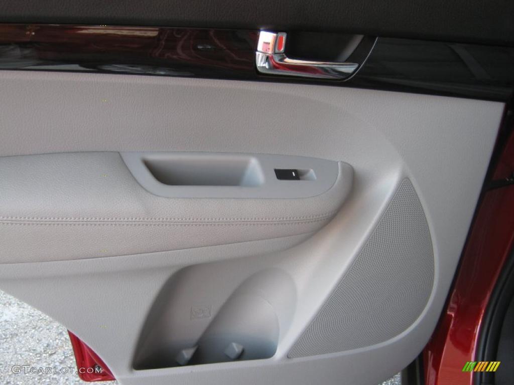 2011 Sorento LX V6 - Spicy Red / Beige photo #15