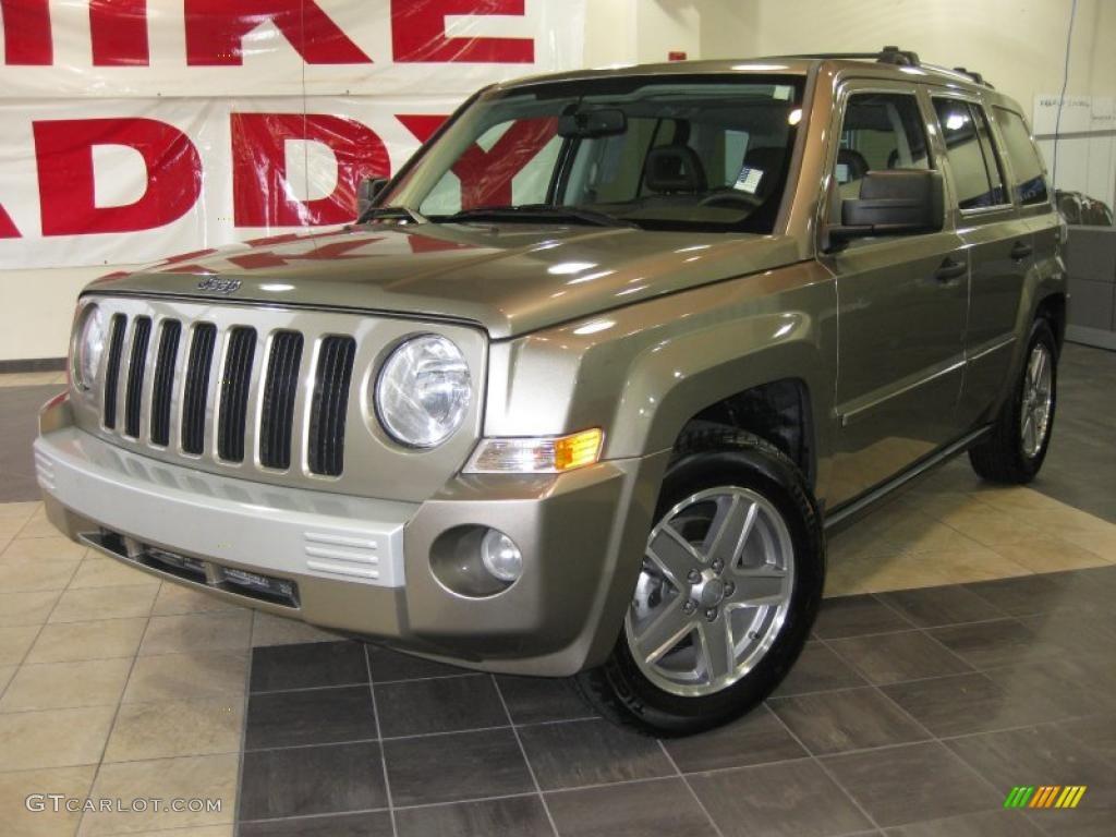 2007 light khaki metallic jeep patriot limited #34319983
