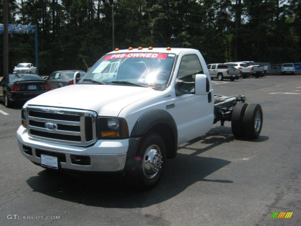 2006 oxford white ford f350 super duty xlt regular cab dually chassis 34514126. Black Bedroom Furniture Sets. Home Design Ideas