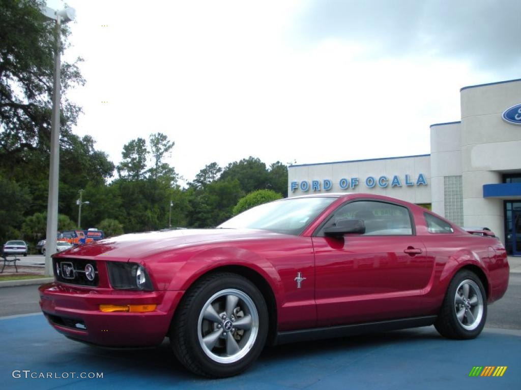 2006 Mustang V6 Deluxe Coupe - Redfire Metallic / Dark Charcoal photo #1